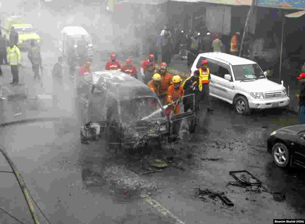 پاکستان کے شمال مغرب میں منگل کی صبح ایک خودکش بم دھماکے میں کم ازکم 11 افراد ہلاک اور 20 سے زائد زخمی ہو گئے۔