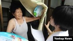 폭염경보가 내린 서울 종로구 쪽방촌. (자료사진)