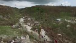 Après l'ouragan Matthew, les Haïtiens ne veulent que la Fondation Clinton et la Croix-Rouge américaine ne reçoivent de dons (vidéo)