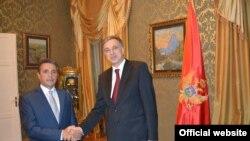 Predsednik Crne Gore Filip Vujanović u rezidenciji na Cetinju primio je akreditivna pisma ambasadora Kosova Skendera Durmišija (crna.gora.me)