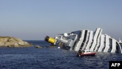 Nasukao se brod za krstarenje