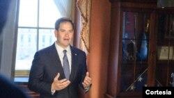 El senador Marco Rubio fue el encargado en responder al presidente Obama, por parte del Partido Republicano.