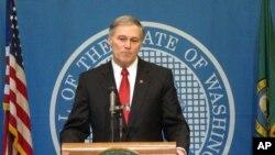 El gobernador Jay Inslee anunció el martes 11 de febrero que suspende el uso de la pena de muerte en su estado.
