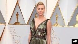 L'actrice sud-africaine Charlize Theron aux Oscars, au théâtre Dolby, à Los Angeles, 26 février 2017.