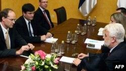 Misija MMF-a i zvaničnici srpske vlade na početku pregovora u Beogradu