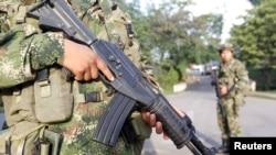 El ataque de las FARC en el Cauca dejó 11 soldados muertos y 20 heridos.