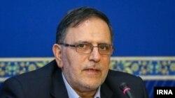 ولیالله سیف رئیس بانک مرکزی ایران