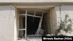 وزارت دفاع ملی افغانستان گفته است که در این انفجار دهها خانه مسکونی تخریب شده است.