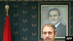 Ông El-Adly là quan chức cao cấp đầu tiên trong chính quyền của ông Mubarak bị tuyên án sau các cuộc biểu tình chống chính phủ lật đổ ông Mubarak
