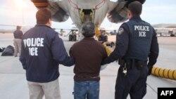 США: амнистия нелегалов?