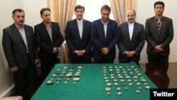 وزارت امور خارجه ایران مهرهای بازگشته از آمریکا را به موزه ملی تحویل داد.