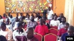 Jornalistas angolanos reunem-se para debater incompatibilidades profissionais
