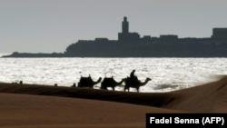 Una playa de Esauira, localidad costera marroquí. A 60 kilómetros de aquí, una estampida durante la distribución de ayuda alimentaria provocó quince muertos y cinco heridos
