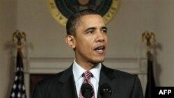 """""""Misr xalqi o'zgarishga tashna ekanini, haqiqiy demokratiyadan kamiga rozi emasligini baralla aytdi. Uning nidosi hukmdorlarga yetib bordi. Xalq talabi bajo keltirildi. Misr endi hech qachon ortga qaytmaydi"""", - deydi Obama."""