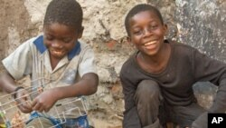PAM e Brasil Apoiam Crianças Moçambicanas