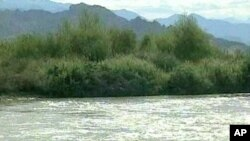 Pakistan's major source of water, Indus River.