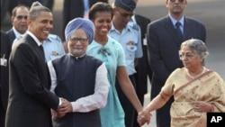 Ο Μπαράκ Ομπάμα με τον Πρωθυπουργό της Ινδία, Μανμοχάν Σινχ
