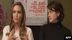 Angelina Jolie Sırplar'ın Tehditleri Yüzünden Belgrad'a Gidemedi