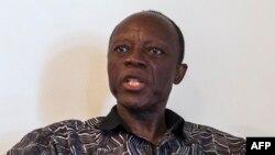 Le candidat de l'opposition Jean-Marie Michel Mokoko