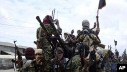 الشباب کے خلاف کینیا کی فوجی کاروائیاں جاری