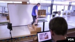 Teknologi prostetik ciptakan anggota tubuh buatan yang dikendalikan otak