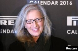U.S. photographer Annie Leibovitz poses at the launch of the Pirelli Calendar 2016 in London, Nov. 30, 2015.