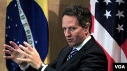 Timothy Geithner dijo que es necesario dotar de mayor autoridad a las economías emergentes como Brasil.