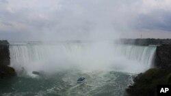 미국 최대의 폭포, 나이아가라 폭포(Niagara Falls)