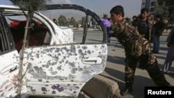 Kabil'de geçen hafta uzaktan kumandalı bomba ile patlatılan bir araç