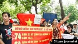 Dân Việt tưởng niệm 25 năm trận chiến Gạc Ma chống Trung Quốc 15/3/2013