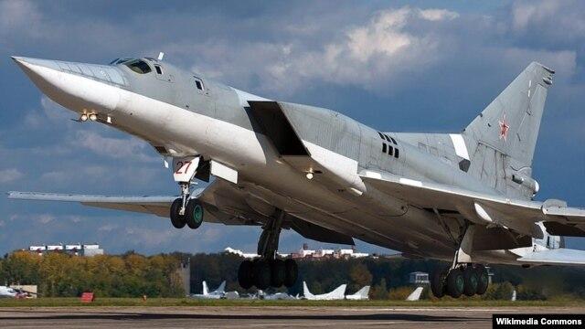 Máy bay oanh tạc Tupolev Tu-22M3 với giá 1,5 tỉ đôla.