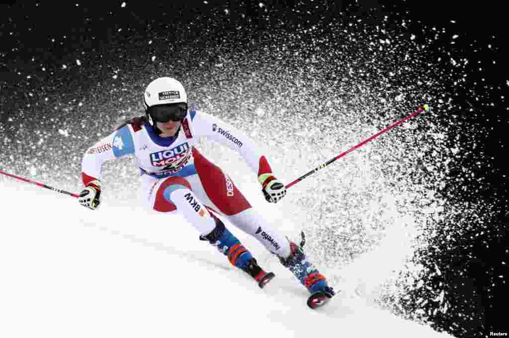 Switzerland's Andrea Ellenberger competes in the first run of the Women's Giant slalom event at the 2019 FIS Alpine Ski World Championships at the National Arena in Are, Sweden.