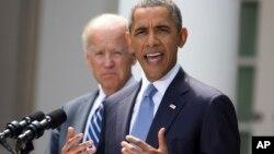 Prezident Obama vitse-prezident Jo Bayden bilan, Oq uy, 31-avgust, 2013