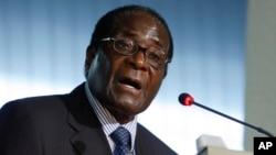 Zimbabwean President Robert Mugabe d.)