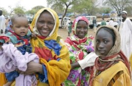 Women with their children for displaced persons in Zam Zam camp in North Darfur, Sudan.