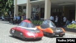 Mobil riset kampus UNS (Foto: VOA/Yudha)