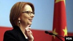 ນາຍົກລັດຖະມົນຕີ ອອສເຕຣເລຍ ທ່ານນາງ Julia Gillard ກ່າວວ່າ ເງິນໂດລ່າອອສເຕຣເລຍ ຈະສາມາດແລກປ່ຽນໂດຍກົງ ກັບ ເງິນຍວນຈີນ