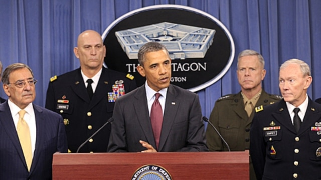 With President Obama, from left: Defense Secretary Leon Panetta and generals Ray Odierno, Army chief of staff; James Amos, Marine commandant; and Martin Dempsey, Joint Chiefs of Staff chairman