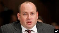 美國財政部負責打擊恐怖分子籌集經費事務的助理部長丹尼爾.格拉瑟。