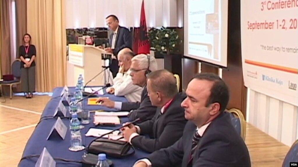 Konferencë shkencore për trajtimin e traumës në Shqipëri