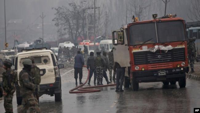 激进分子在印控克什米尔打死四军人