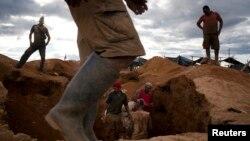 استخراج طلا در ونزوئلا