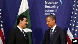 美国总统奥巴马与巴基斯坦总理3月27日在首尔会晤