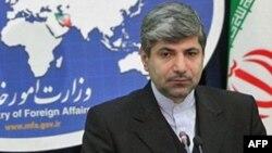 Jurubicara Kementerian Luar Negeri Iran, Ramin Mehmanparast mengecam pemerintah Kanada karena memutuskan hubungan diplomatik dengan Teheran (foto: dok).