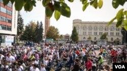Raste broj biciklista u Banja Luci ali se infrastruktura sporo mijenja
