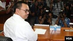Menteri ESDM, Sudirman Said saat menghadiri panggilan MKD soal dugaan pelanggaran etik Ketua DPR Setya Novanto di Jakarta, Rabu 2/12 (VOA/Fathiyah).