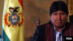 Evo Morales pretende obligar a los medios de su país a transmitir todos sus discursos oficiales en vivo.