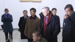 理查森敦促平壤停止武器试验和扩大互联网使用
