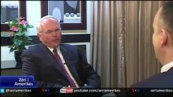 Intervistë me ambasadorin amerikan Kristofer Hill