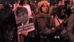 Ermeni Geçmişlerini Öğrenen Türkler'in Sayısı Artıyor